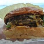 ハワイに来たら絶対はずせない!人気のローカルハンバーガー専門店7選